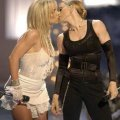 beso madona spears